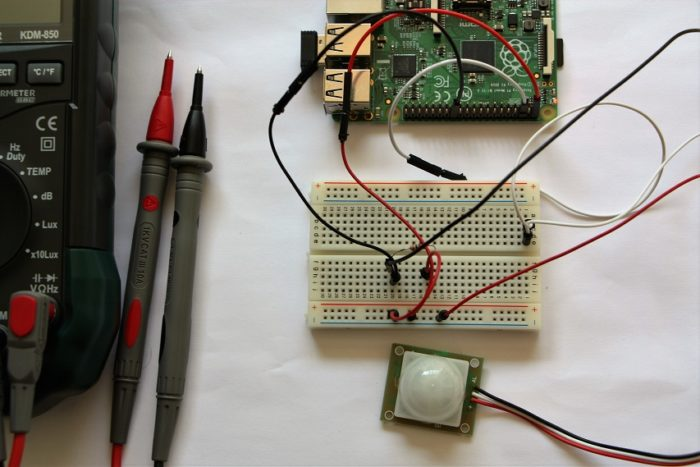 Meccanismo Complesso - Raspberry PIR circuit